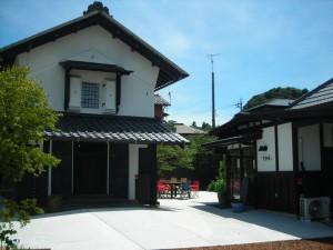 (1) 屋根